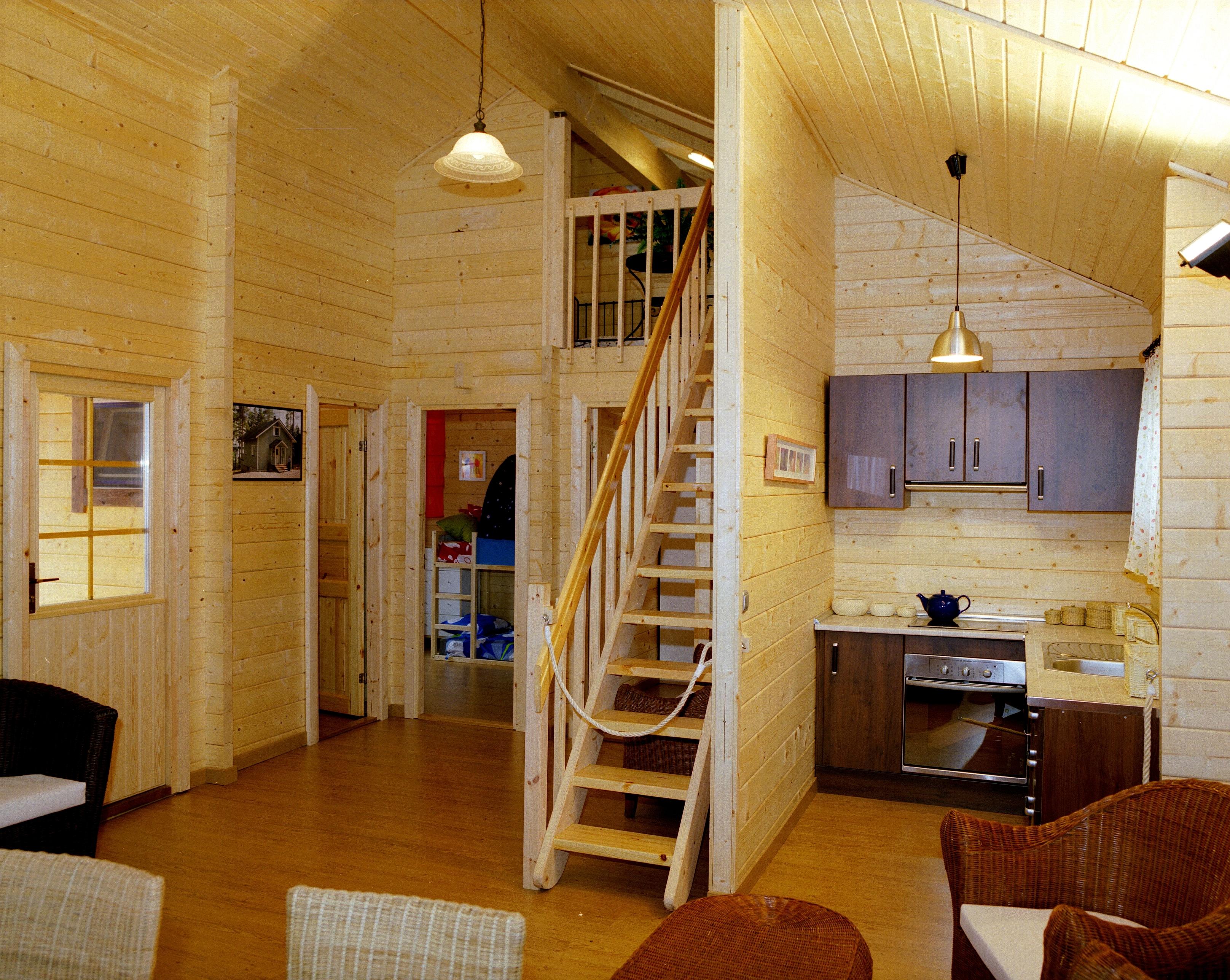 Maison en bois interieur excellent maison bois chalet - Interieur chalet bois ...